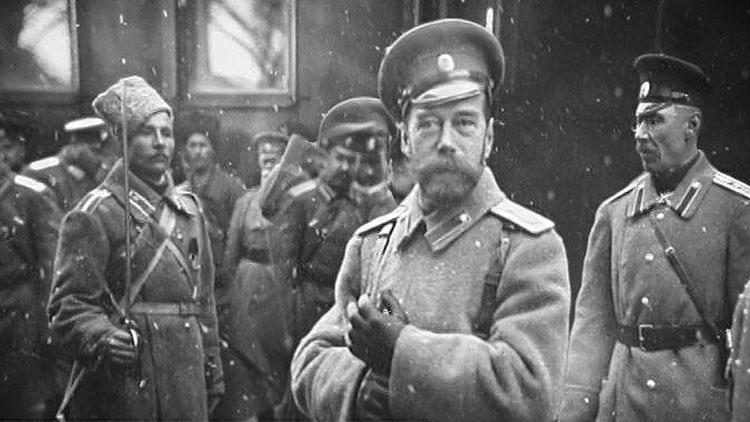 Страна весь год отмечала отречение Николая II