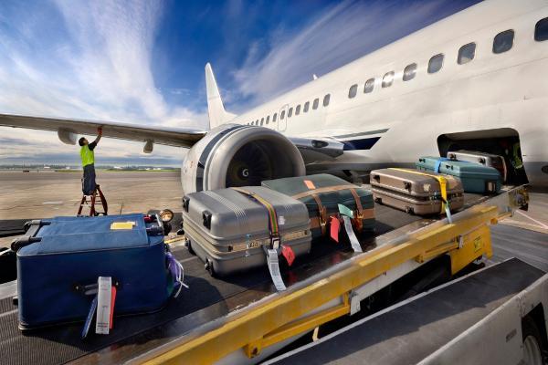 Судьба «Югры», новые санкции, платный багаж.