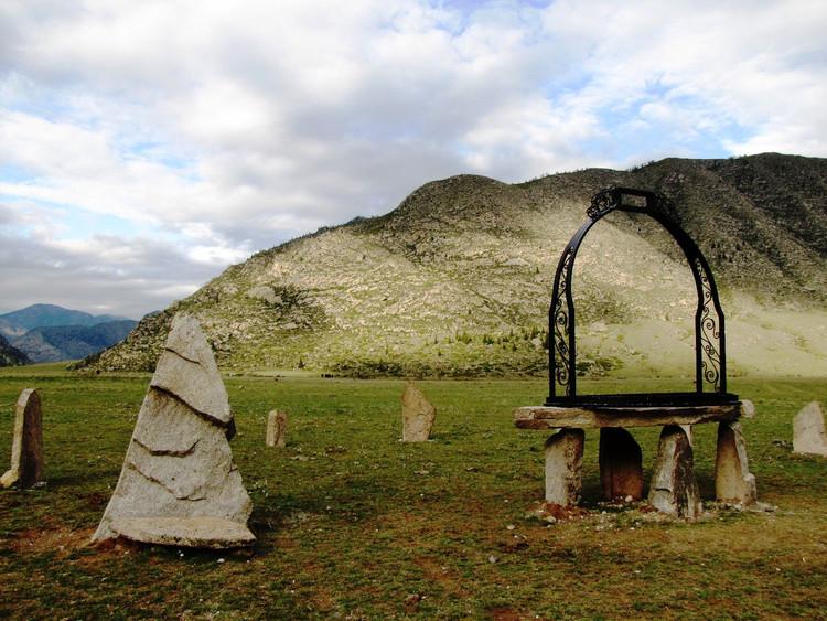 Земля спасения и последний век. Мифологическая реакция на эпидемию в республике Алтай